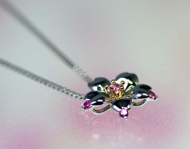 画像2: わに塚の桜 ペンダント チェリーポップ ピンクサファイヤ